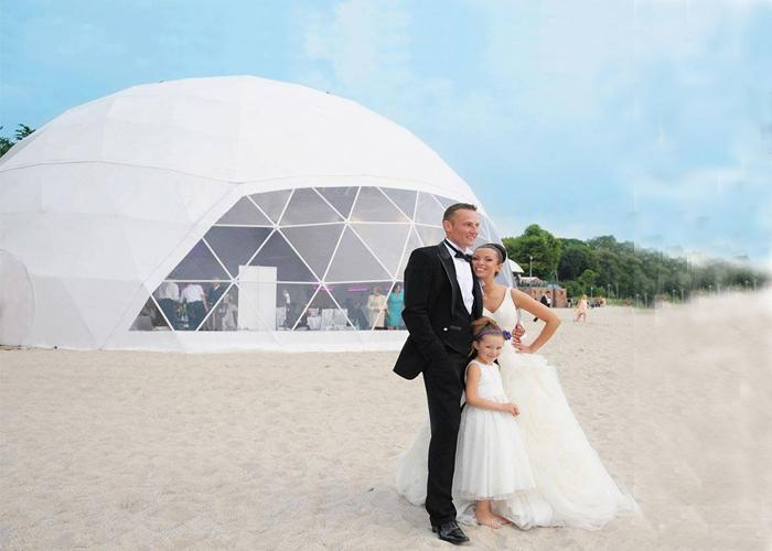 Unique round clear igloo wedding geodesic dome tents